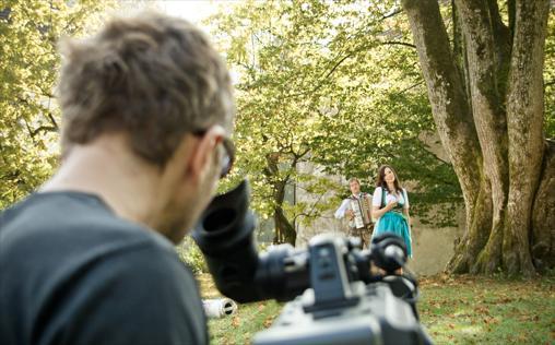 Musikvideos   Die besten Musikvideos auf Folx TV...