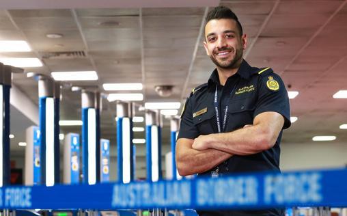 Border Patrol Australia   Durch die Blume